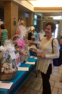 Anita & baskets%20(1) A Cause for Clams 2016
